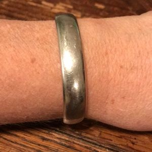Sterling bangle with unusual clasp